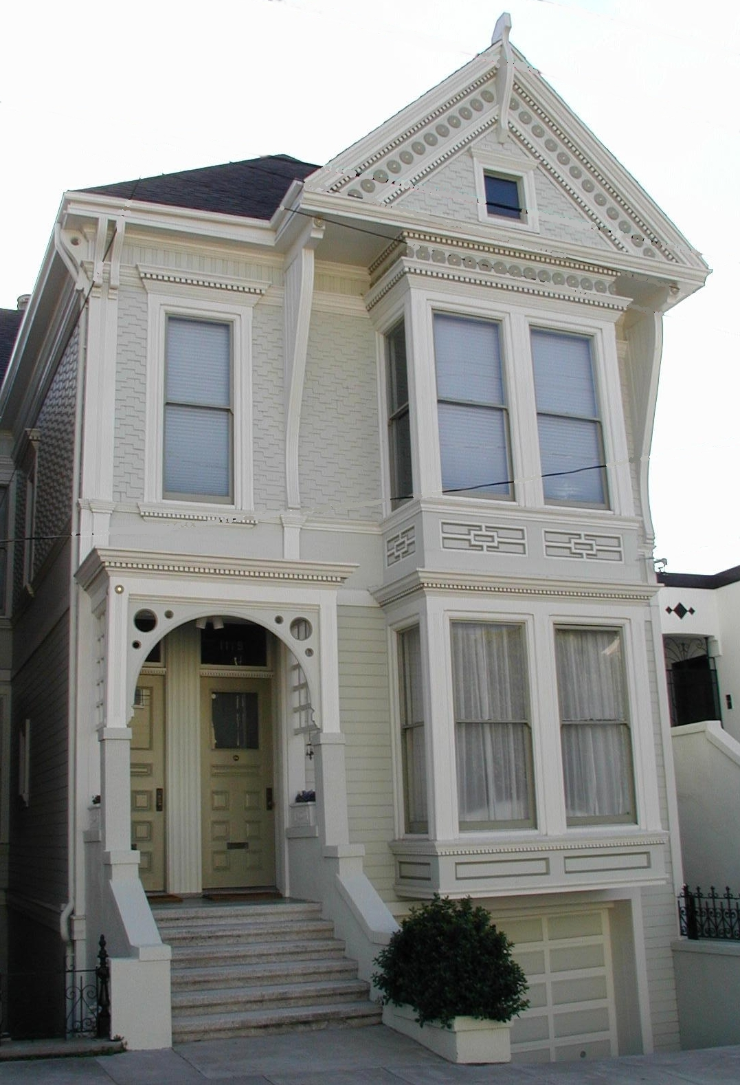 Painting a Victorian Home 5